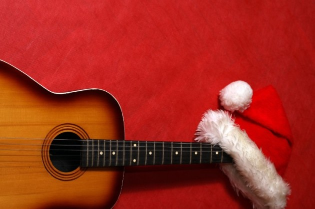 Easy Christmas songs on guitar