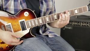 Paid or Free online guitar lessons