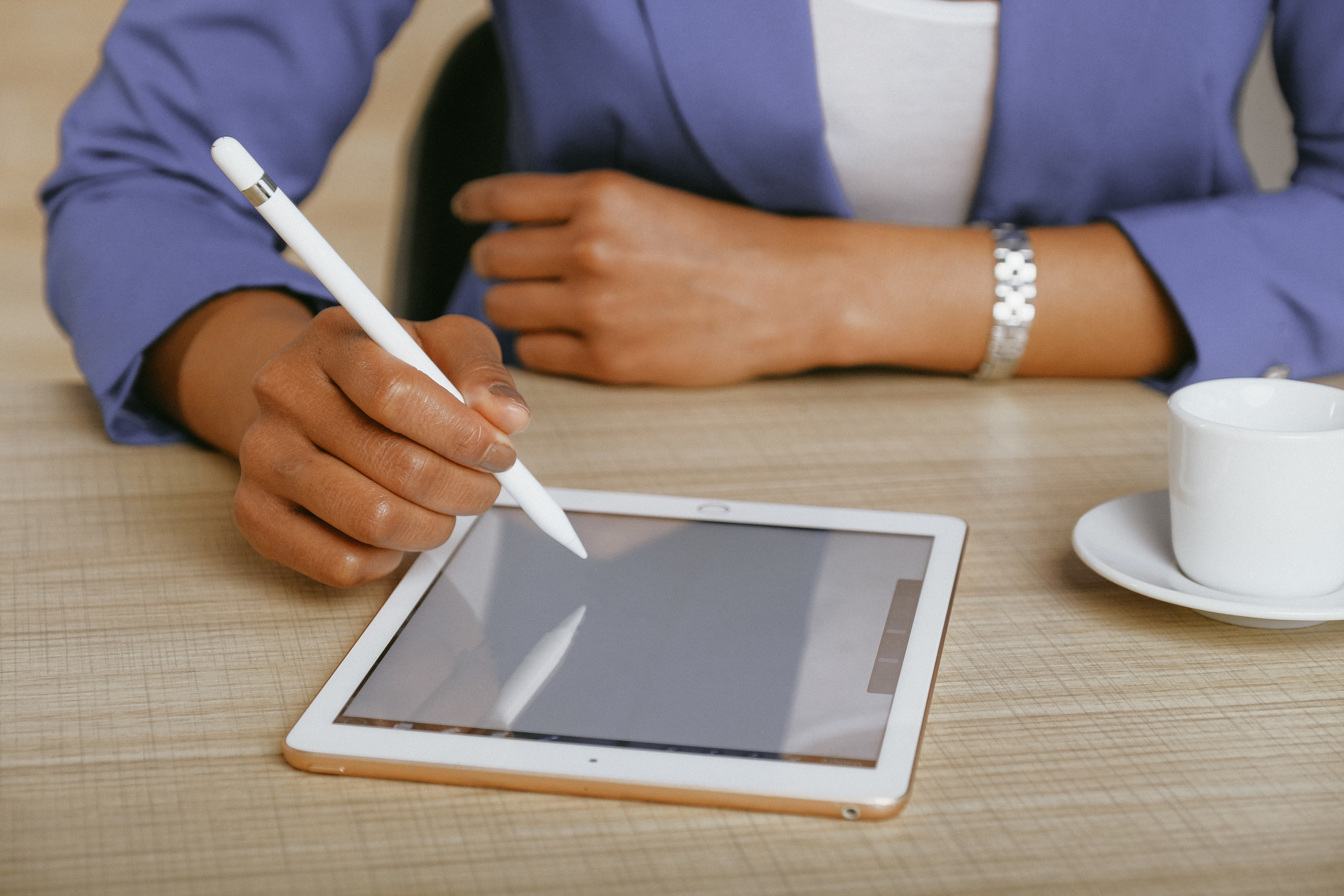 Tablet Writing Lesson Pros Writing Prompts 365